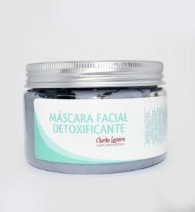 Máscara facial detoxificante